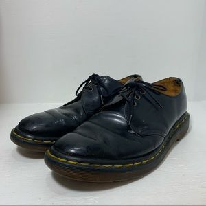 DR. MARTENS | Vintage Made in England Oxford Shoes